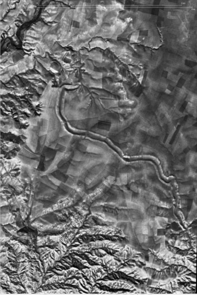 Over two thousand years after its construction, a one-hundred-meter-wide canal near Bandwai is clearly visible in the satellite image. Photo by USGS/Jason Ur, 1969.