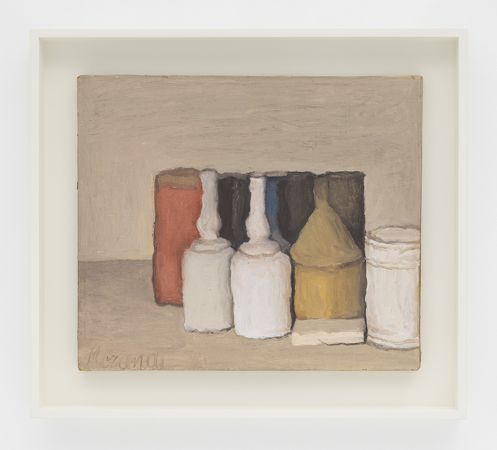 Giorgio Morandi, Natura morta (Still Life) (1953). © Artists Rights Society (ARS), New York/SIAE, Rome. Courtesy David Zwirner.