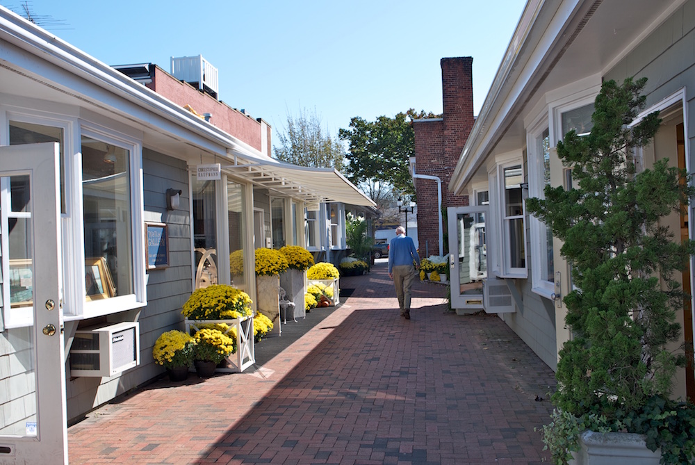 Pace Gallery's new space in East Hampton. Photo by Sylvia Muller. Image courtesy the Mill House Inn