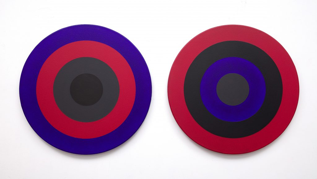 Claude Tousignant, Double 30 (Azo-Cobalt) (1975). Courtesy of BYDealers.