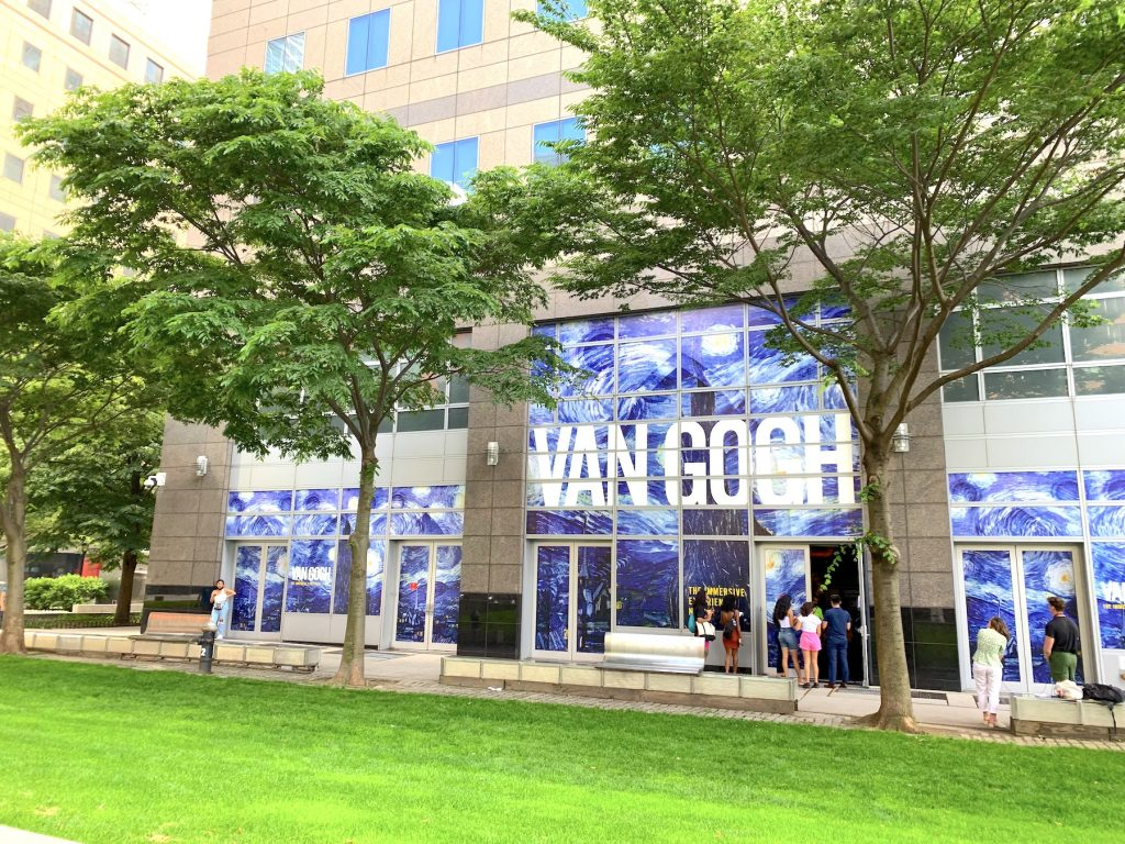 """Outside of """"Van Gogh: The Immersive Experience."""" Photo by Ben Davis."""