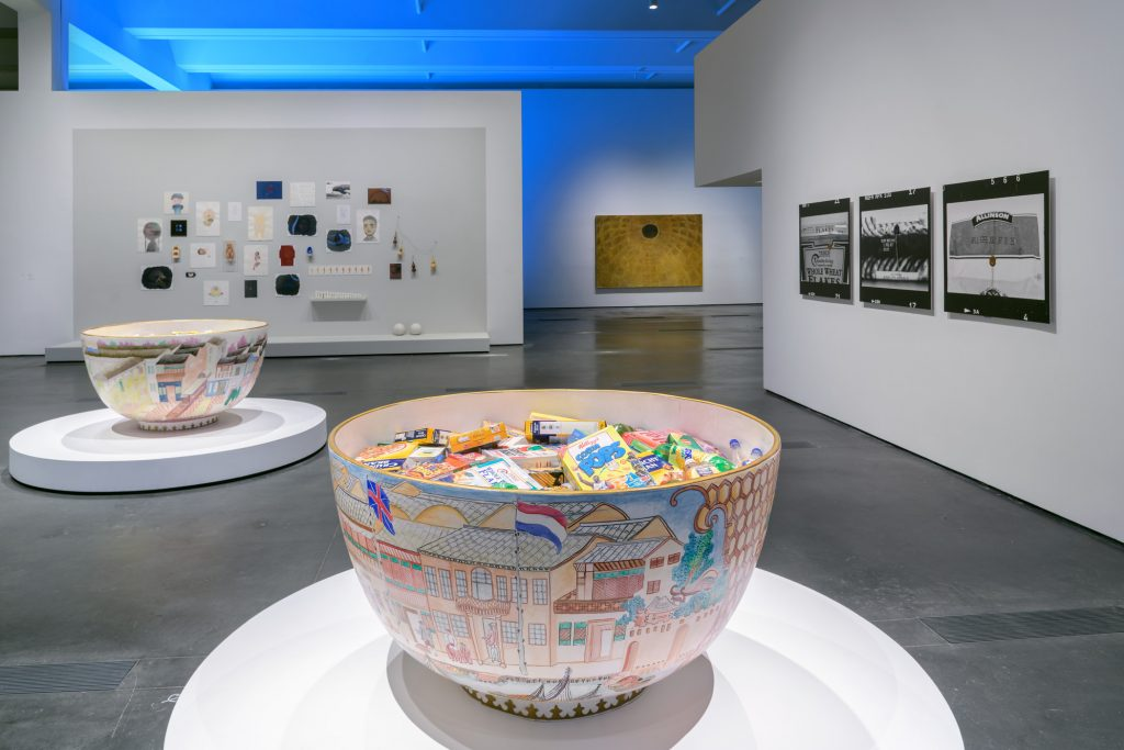 """Installation view of """"Legacies of Exchange: Chinese Contemporary Art from the Yuz Foundation"""" at the Los Angeles County Museum of Art, 2021. Courtesy iof LACMA."""