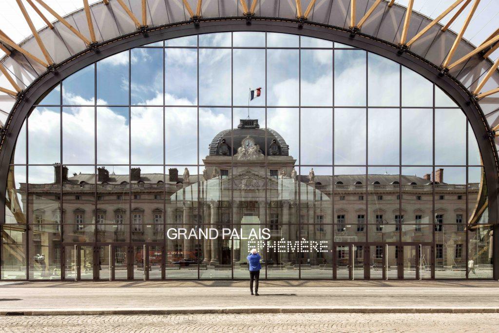 Le Grand Palais Éphémère, Champs de mars, Paris. Wilmotte & Associés Architectes. Photo ©Patrick Tourneboeuf/RMN_GP/Paris 2024/Tendance Floue.