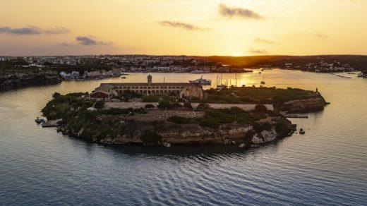 Hauser & Wirth Menorca on Isla del Rey. Courtesy Hauser & Wirth. Photo: Be Creative, Menorca.
