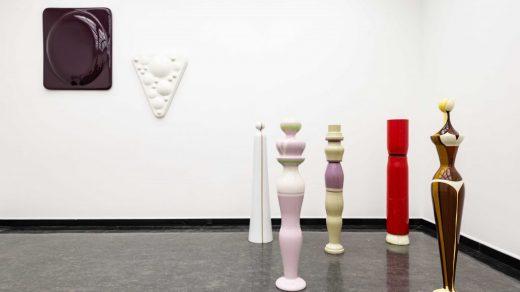 Installation view of Jef Geys at Bergen Kunsthalle. Photo: Thor Brødreskift