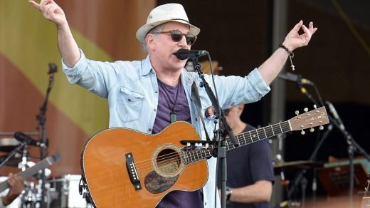 Singer Paul Simon performs at the New Orleans Jazz & Heritage Festival on April 29, 2016 in New Orleans, Louisiana. (Photo by Scott Dudelson/WireImage)